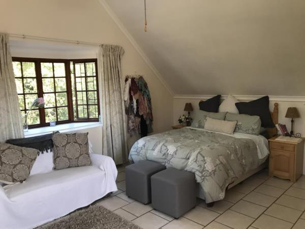 https://images.pamgolding.co.za/content/properties/201906/1443521/h/1443521_h_1.jpg?w=600&quality=75