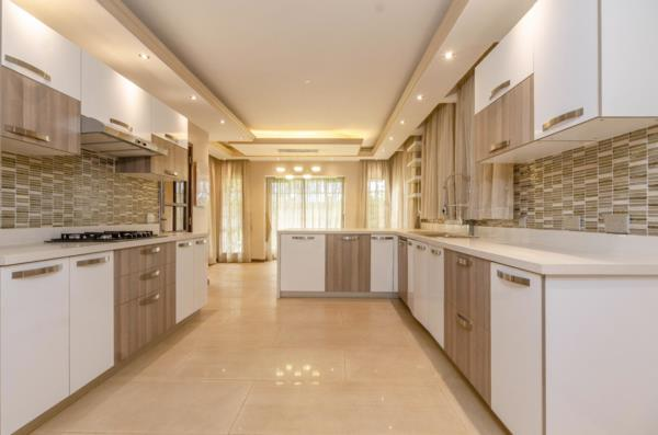 5 bedroom house for sale in Runda  (Kenya)