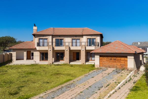 5 bedroom house to rent in Blue Valley Golf Estate