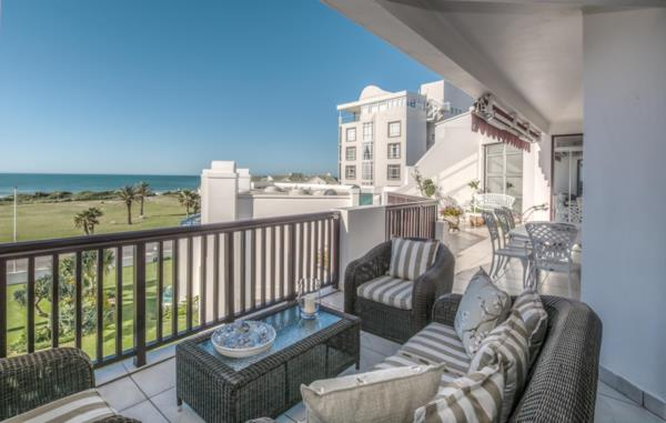 3 bedroom penthouse apartment for sale in Summerstrand