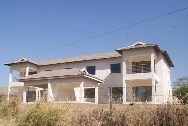 3 bedroom double-storey apartment for sale in Tubungu (Swaziland)