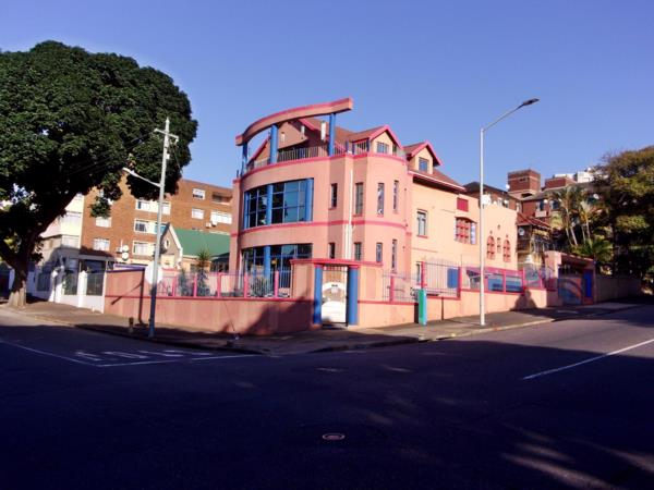 7 bedroom house for sale in Bulwer (Durban)