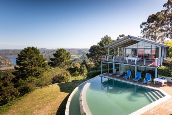 5-star 8 guest room bed & breakfast for sale in Simola