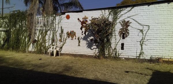 4 bedroom house for sale in Pretoria West (Pretoria West)