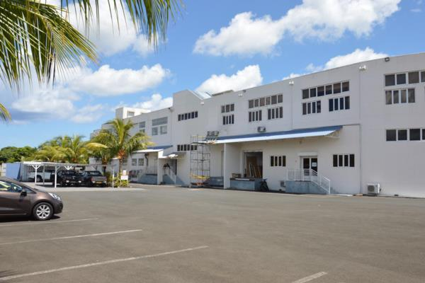 620 m² commercial office to rent in Pamplemousses (Mauritius)