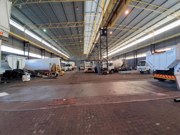 7145 m² commercial industrial property to rent in Pinetown