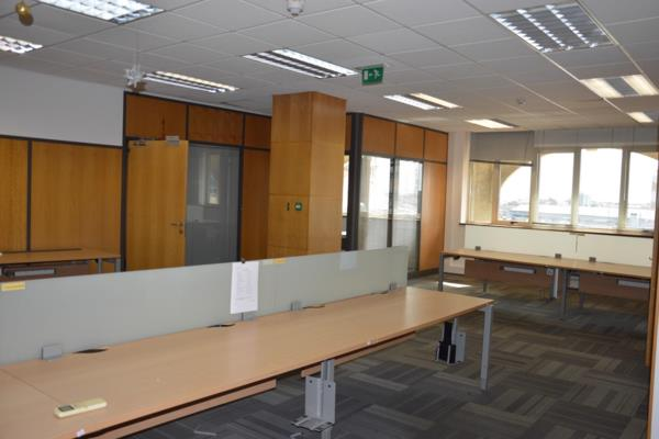 606 m² commercial office to rent in Port Louis (Port Louis, Mauritius)