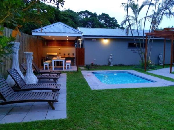 8 bedroom house for sale in uMhlanga Rocks
