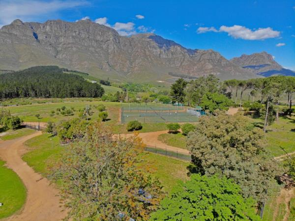 1166 m² residential vacant land for sale in Paradyskloof