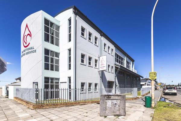 1222 m² commercial office for sale in Berea (East London)