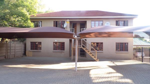 230 m² commercial office for sale in Westdene (Bloemfontein)