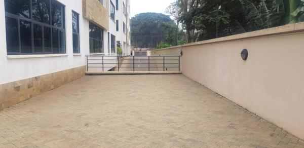 875 m² commercial retail property to rent in Westlands (Kenya)