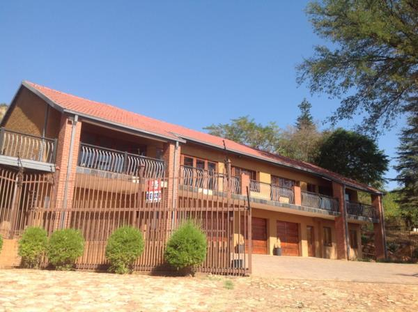 5 guest room guesthouse for sale in Amandasig