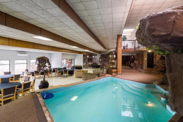 22 guest room guesthouse for sale in Pretoria North (Pretoria North)