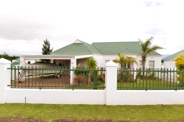 4 bedroom house for sale in Theewaterskloof