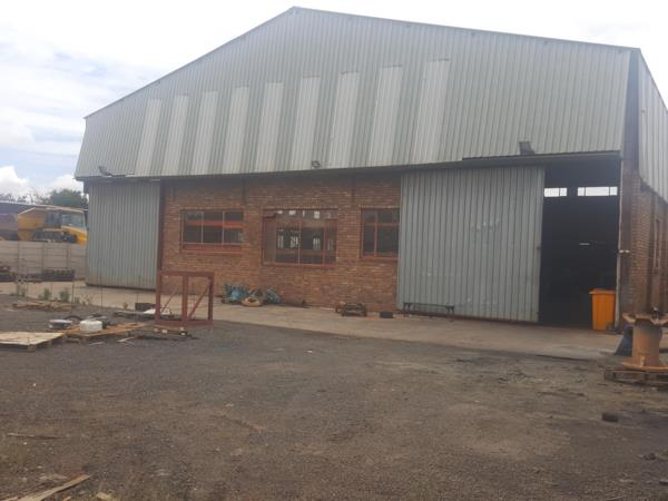 587 m² commercial industrial property for sale in Vaalbank (Middelburg)