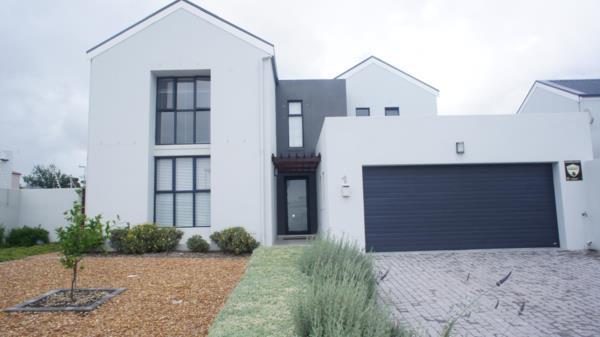 3 bedroom house for sale in Amandelsig