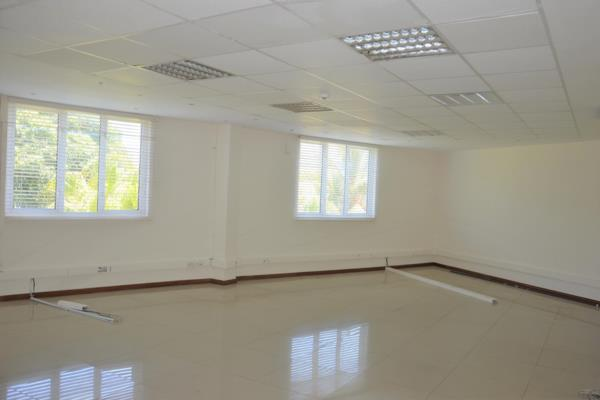 144 m² commercial office to rent in Grand Baie (Grand Bay) (Mauritius)