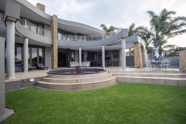 6 bedroom house for sale in Midstream Estate