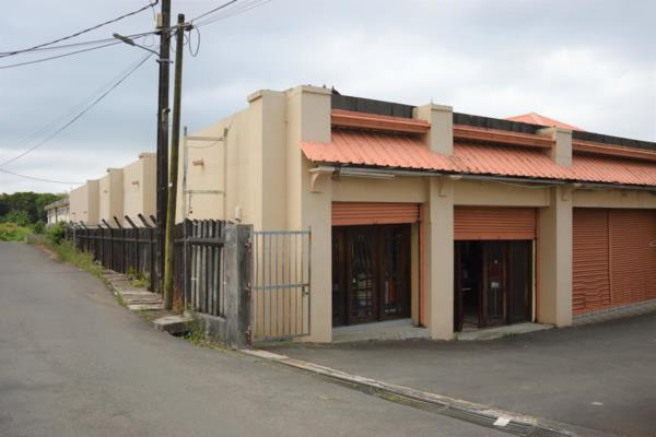 3000 m² commercial industrial property for sale in Floreal (Mauritius)