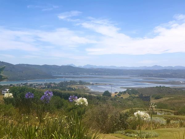 1090 m² vacant land for sale in Fernwood (Knysna)