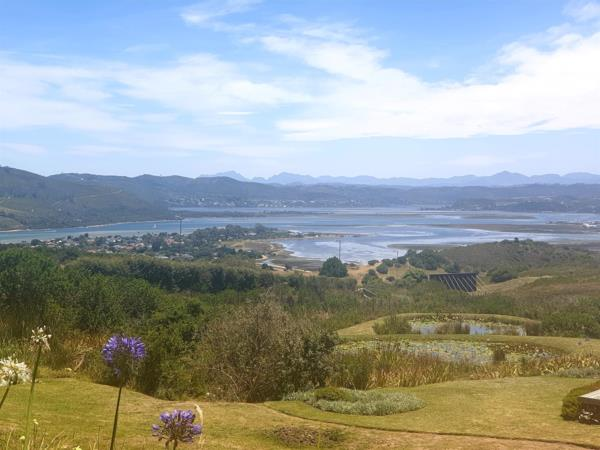 1122 m² residential vacant land for sale in Fernwood (Knysna)