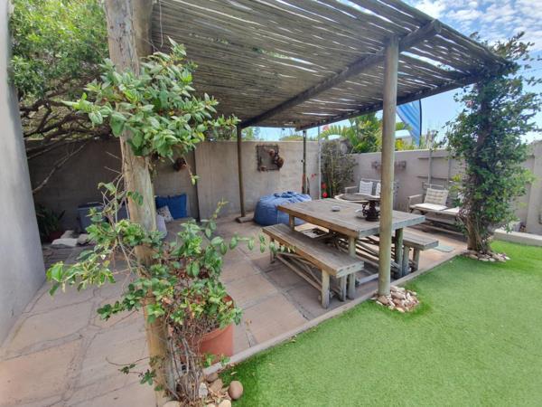 10 bedroom house for sale in Middedorp (Langebaan)