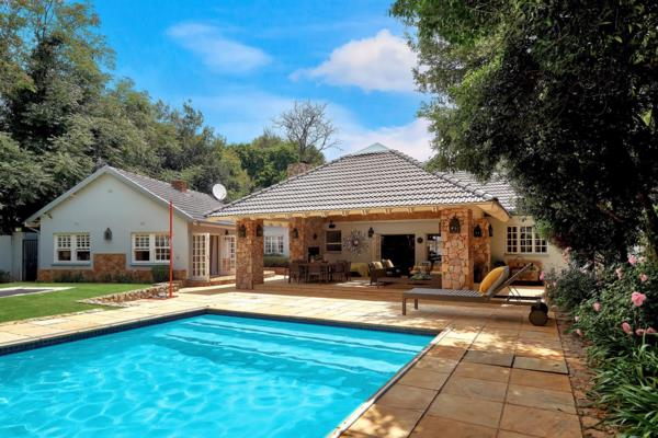 4 bedroom house to rent in Saxonwold