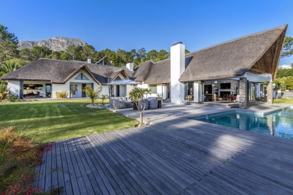 6 bedroom house for sale in Worlds View (Somerset West)