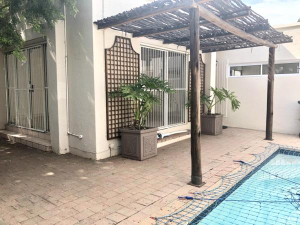 3 bedroom townhouse to rent in Morningside (Sandton)
