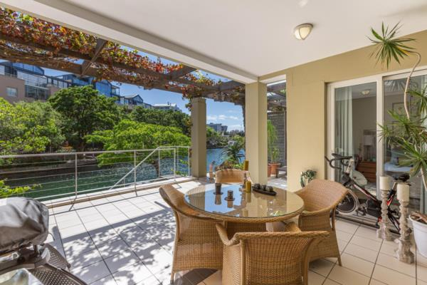 1 bedroom apartment on auction in Waterfront (Cape Town)