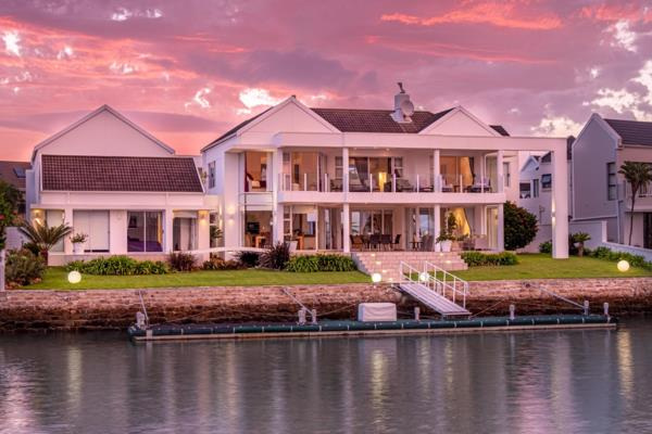 6 bedroom house for sale in Royal Alfred Marina