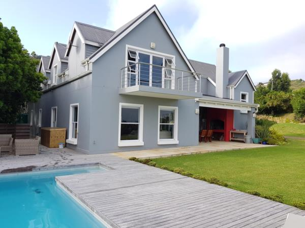 https://images.pamgolding.co.za/content/properties/202003/1584050/h/1584050_h_2.jpg?w=600&quality=75
