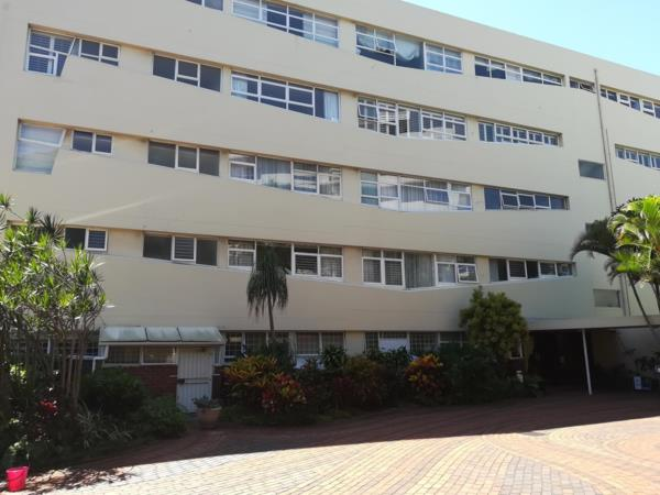 3 bedroom apartment for sale in Bulwer (Durban)