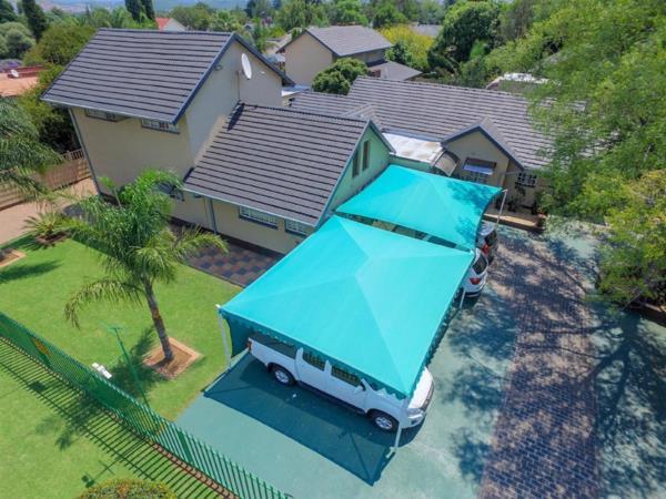 9 bedroom house for sale in Brackenhurst
