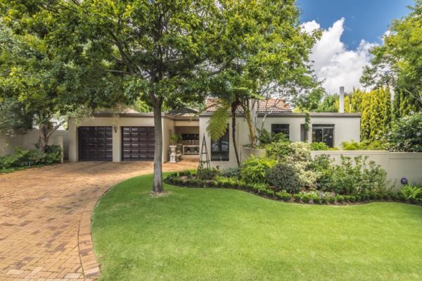3 bedroom cluster house for sale in Northcliff (Johannesburg)