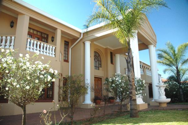 5 bedroom house to rent in Waterkloof Ridge