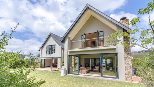 4 bedroom house for sale in Cotswold Downs Estate