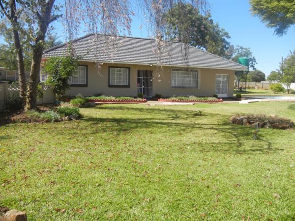 4 bedroom house for sale in Eastlea North (Zimbabwe)