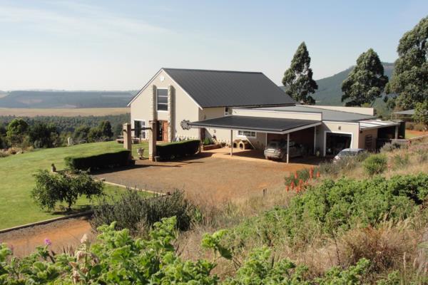 107710 m² smallholding for sale in Birnamwood