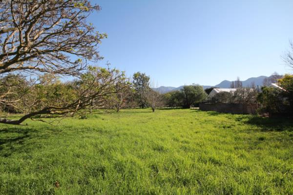 1983 m² residential vacant land for sale in Stanford