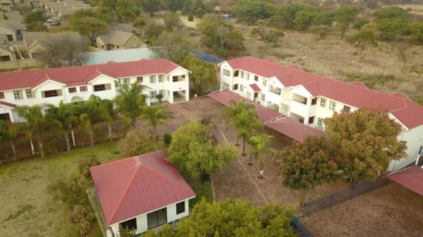 4-star 24 guest room guesthouse for sale in Melodie