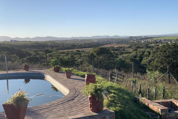 82 hectare smallholding for sale in St Francis Bay Rural
