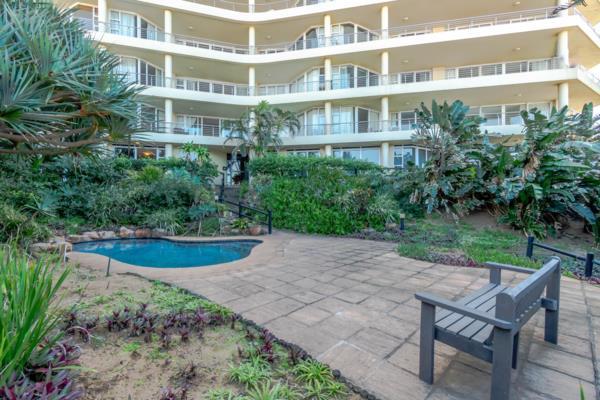 4 bedroom garden apartment for sale in uMhlanga Rocks