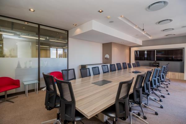 457 m² commercial office to rent in De Waterkant