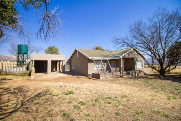 11 hectare mixed use farm for sale in Skeerpoort