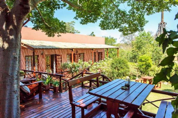 8 guest room guesthouse for sale in Oudtshoorn Central