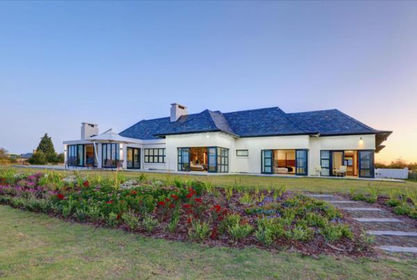 6 bedroom house for sale in Links Ridge
