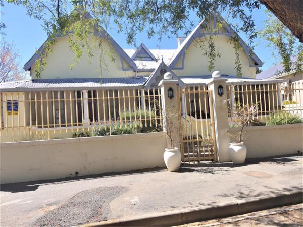 7 bedroom house for sale in Cradock