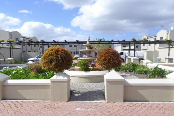 2 bedroom townhouse to rent in Parklands